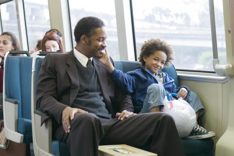 """Wil y Jaden Smith en la película """"En busca de la felicidad"""""""