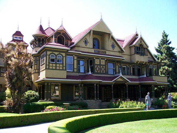 La verdadera casa Winchester en California es la fuente de la historia d e Hill House