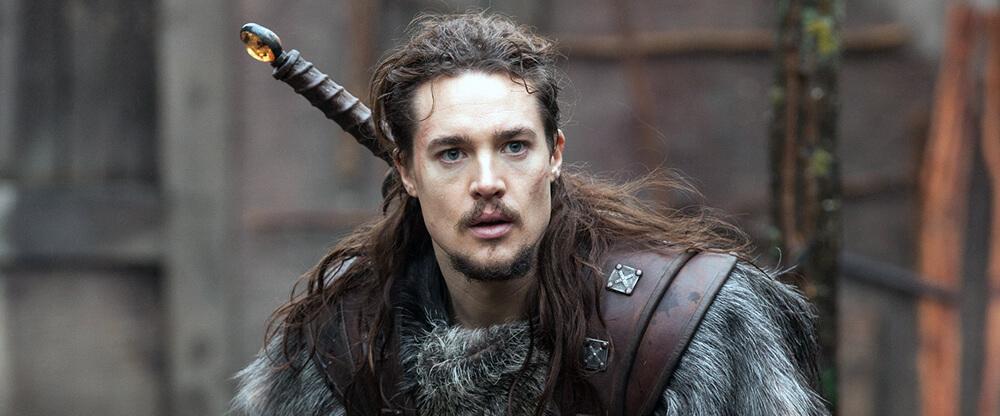 "Alexander Dreymon es Uhtred en ""The Last Kingdom"", netflix"