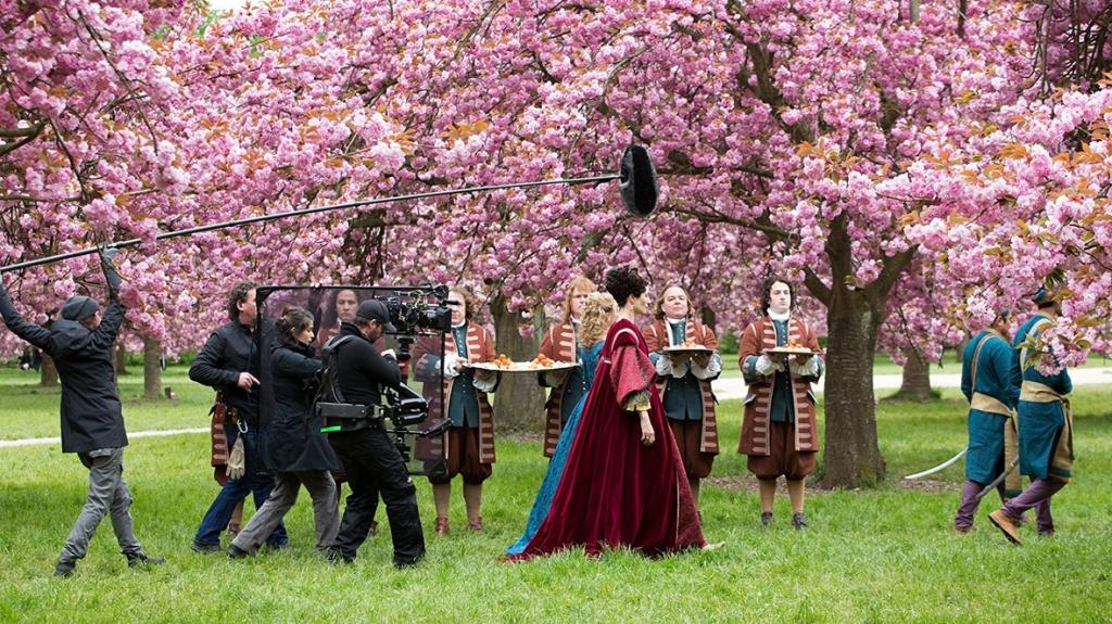 Escenas de la filmación de Versalles en el Palacio del mismo nombre