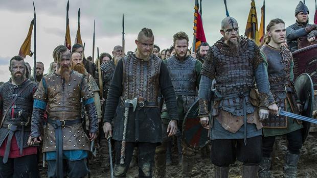 Alexander Ludwig, Björn, Gustaf Skarsgard (Loki,Vikings, netflix