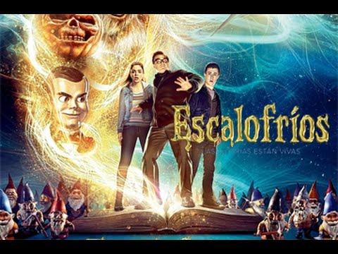 "Jack Blqck y Dylan Minnette en ""Escalofríos"""