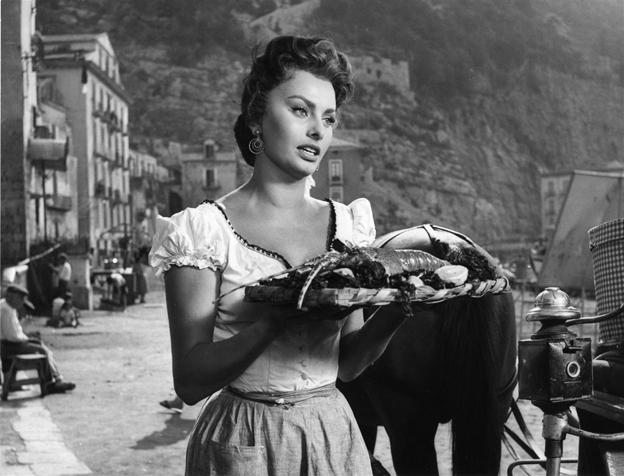 """Sofía Loren en """"Pan, amor y..."""""""
